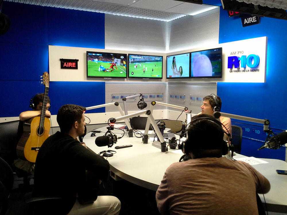 4 2018-radio10